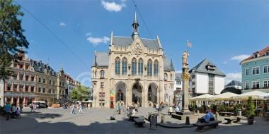 XL-Postkarte Erfurt Fischmarkt mit Rathaus