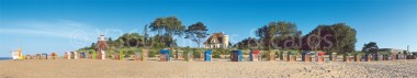 Panoramapostkarte Föhr Strand mit Leuchtturm