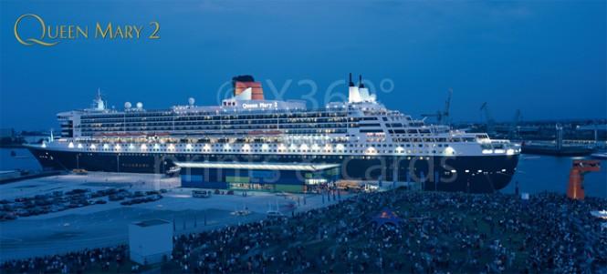 XL-Postkarte Queen Mary II im Dämmerlicht